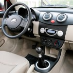 Interior do Lifan 320