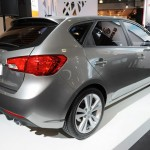 kia-motors-traseira-cerato-hatch