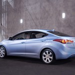 Hyundai Elantra traseira