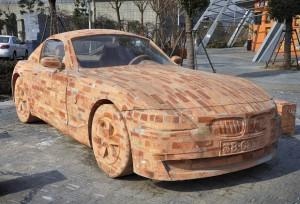 BMW Z4 feita de tijolos