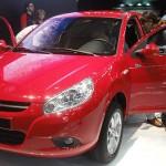 Jac Motors J3 vermelho com as portas abertas